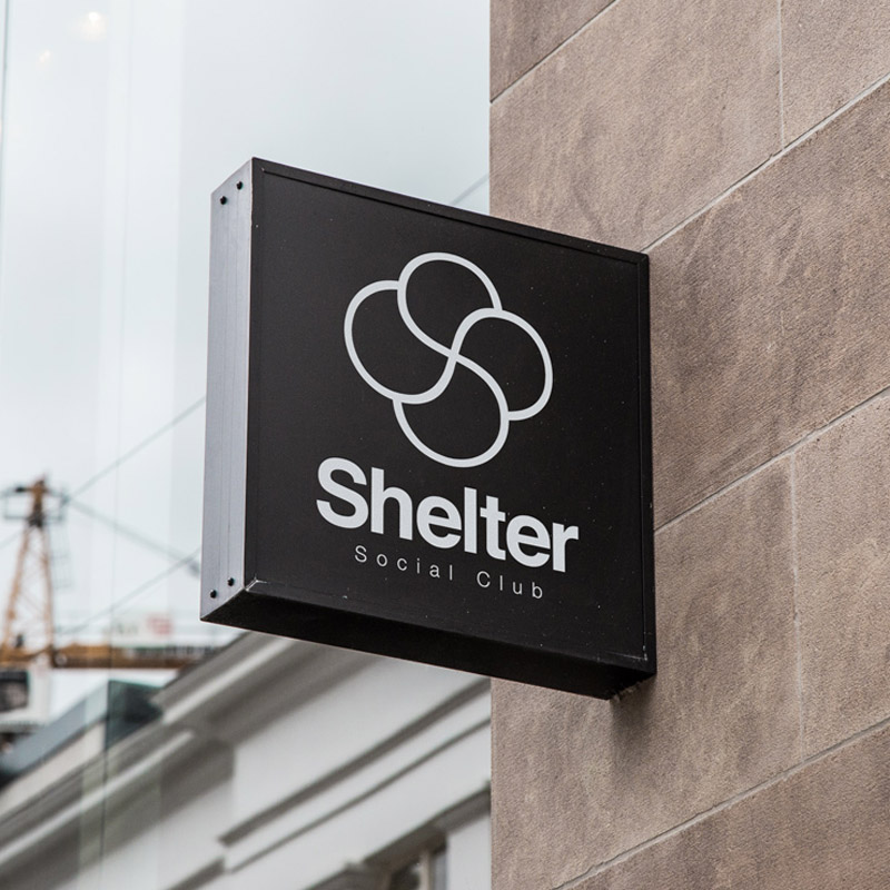 Shelter Social Club Enseigne